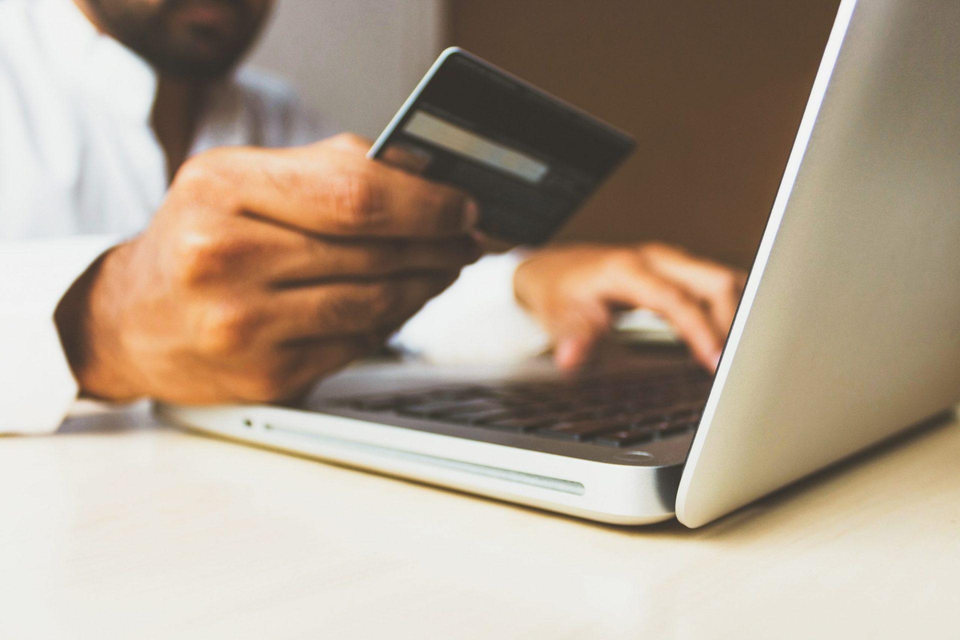 5 vantagens de ter uma loja online